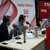 Presentando Canciones y Palabras en Radio Nacional